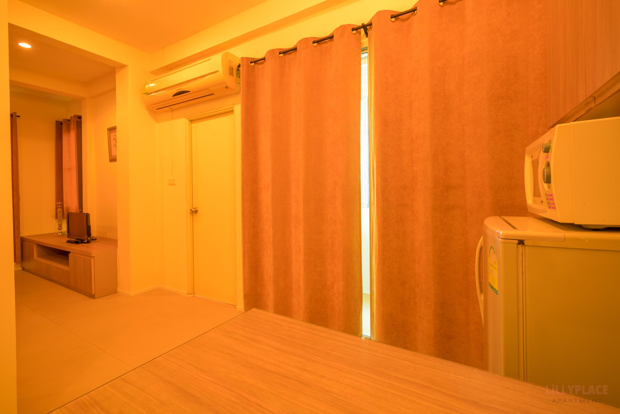 ลิลลี่เพลส อพาร์ทเมนท์ ที่พักไบเทคบางนา BTSแบริ่ง-บางนา ลาซาล